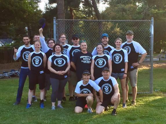 shirtspace-sponsors-local-kickball-team