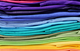 5 Advantages To Buying Tshirts In Bulk Image